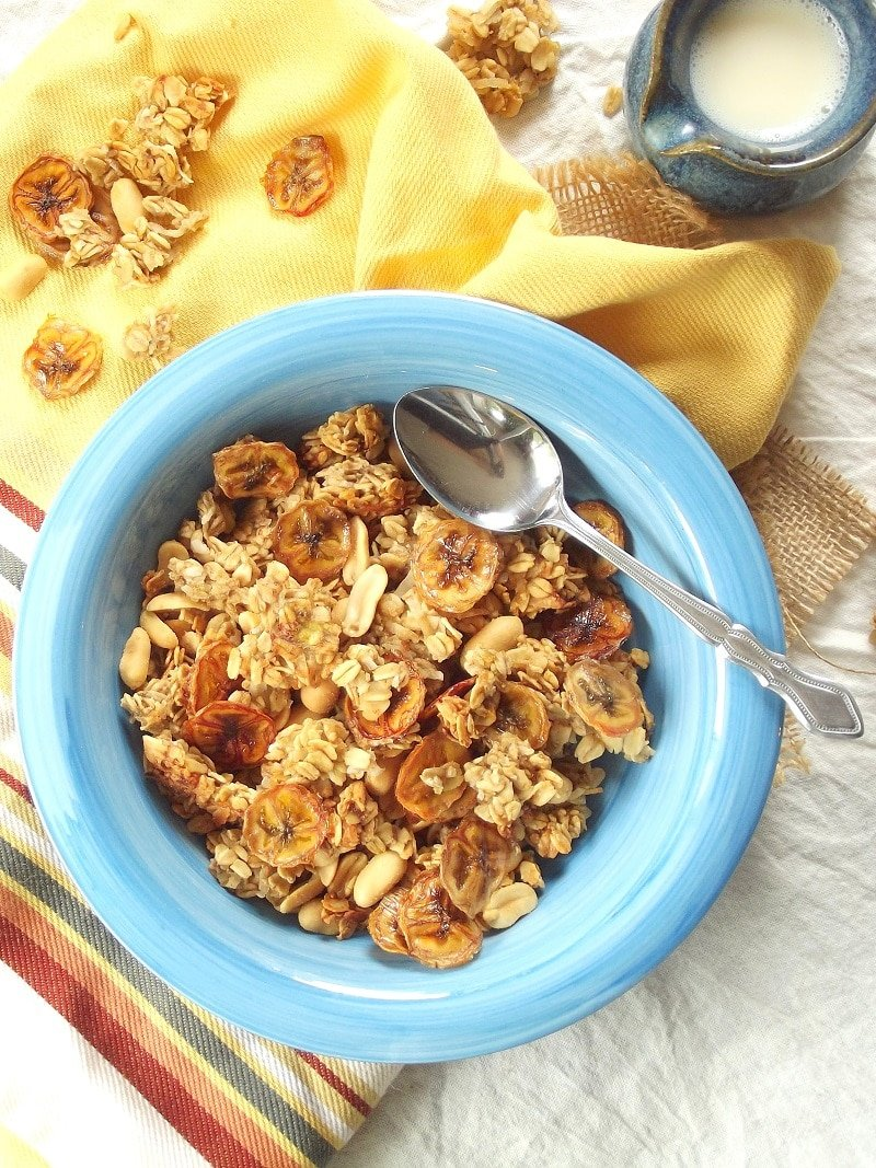 Peanutty Banana Granola