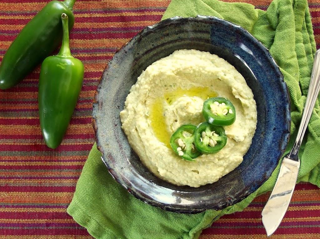 Roasted Jalapeño Hummus - Connoisseurus Veg