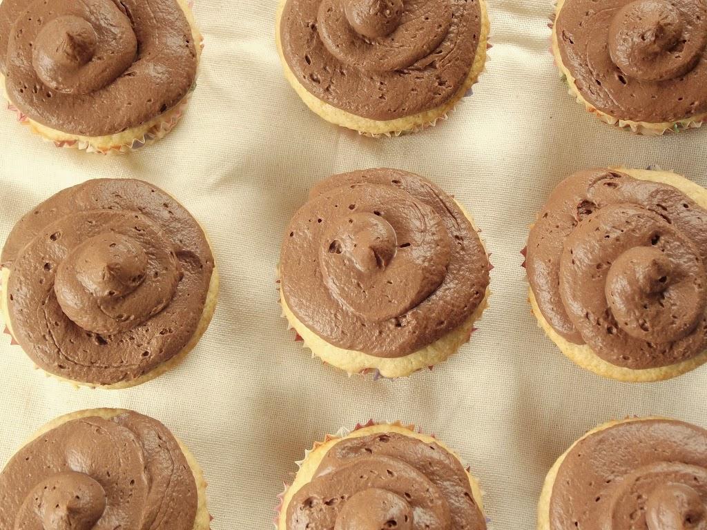 Vegan Vanilla Coconut Milk Cupcakes