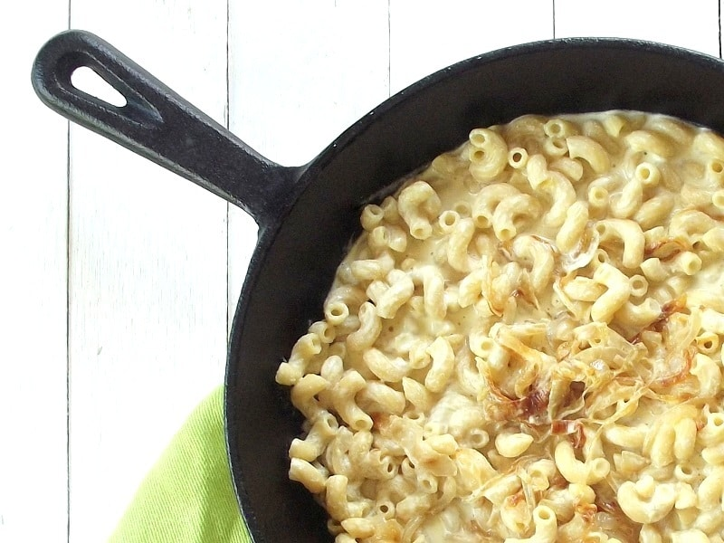 vegan caramelized onion mac and cheese pre bake2