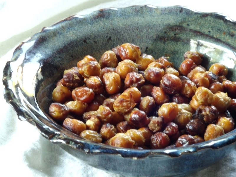 bacon chickpeas bowl