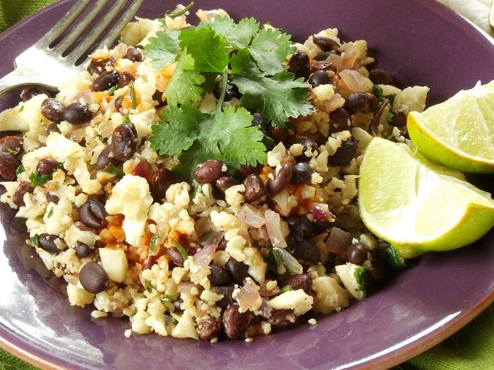 cauliflower rice and beans detail