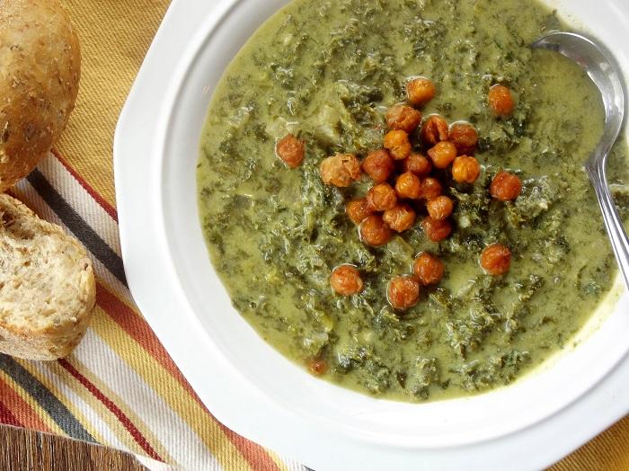 creamy kale soup top detail
