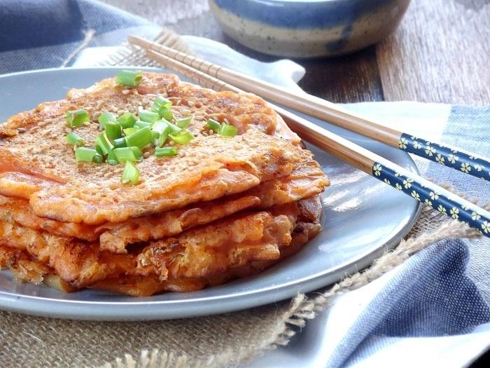 kimchi pancakes side detail