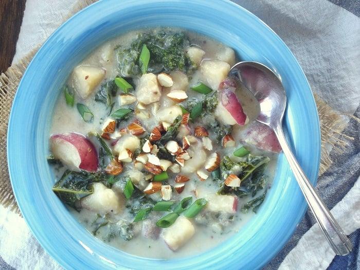 vegan_potato_soup_top_detail
