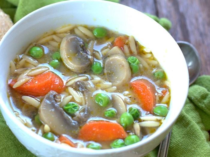 pesto_soup_detail