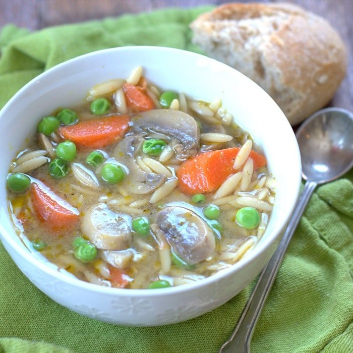 pesto_soup_featured