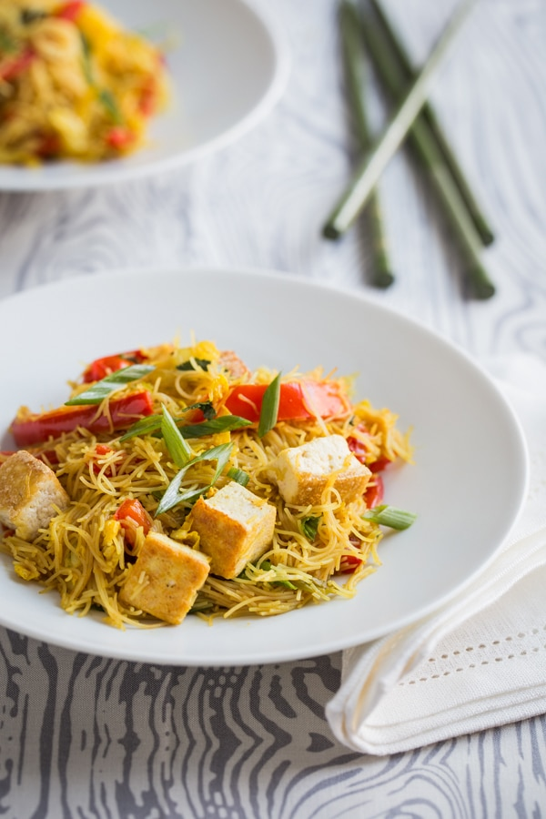 singapore_noodles_with_pan_fried_tofu_feature