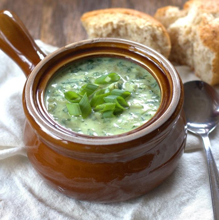 spinach-artichoke-soup-featured