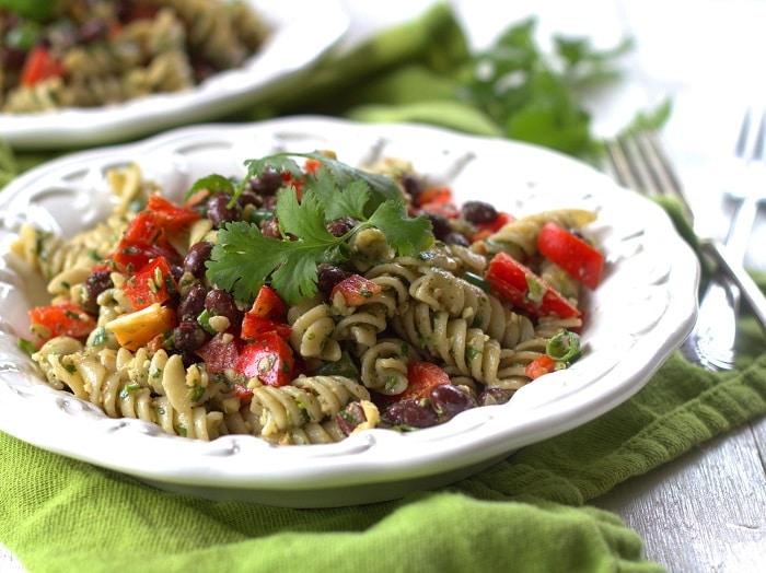 cilantro-pesto-pasta-salad-detail