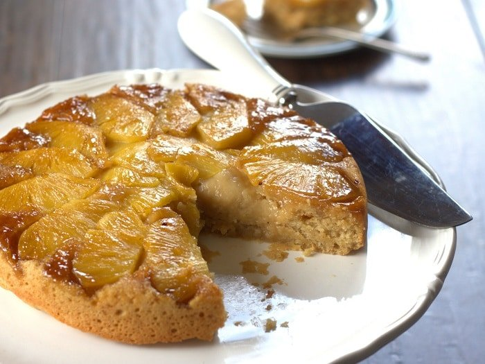 vegan-pineapple-upside-down-cake-side