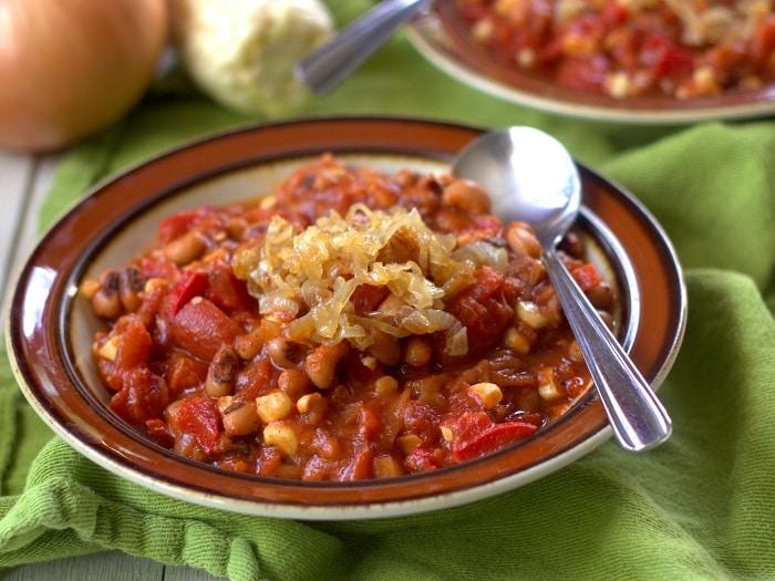 Smoky Sweet Corn, Black-Eyed Pea and Caramelized Onion Chili