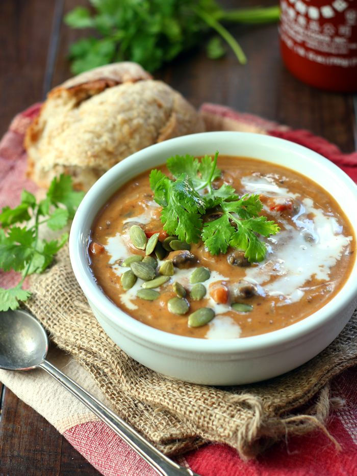 Chipotle Pumpkin Black Bean Soup - Connoisseurus Veg