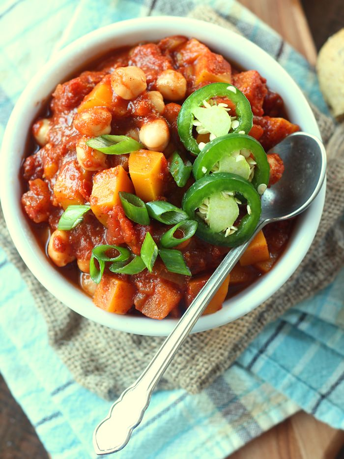 Smoky Sweet Butternut Squash Chili with Chickpeas & Apples