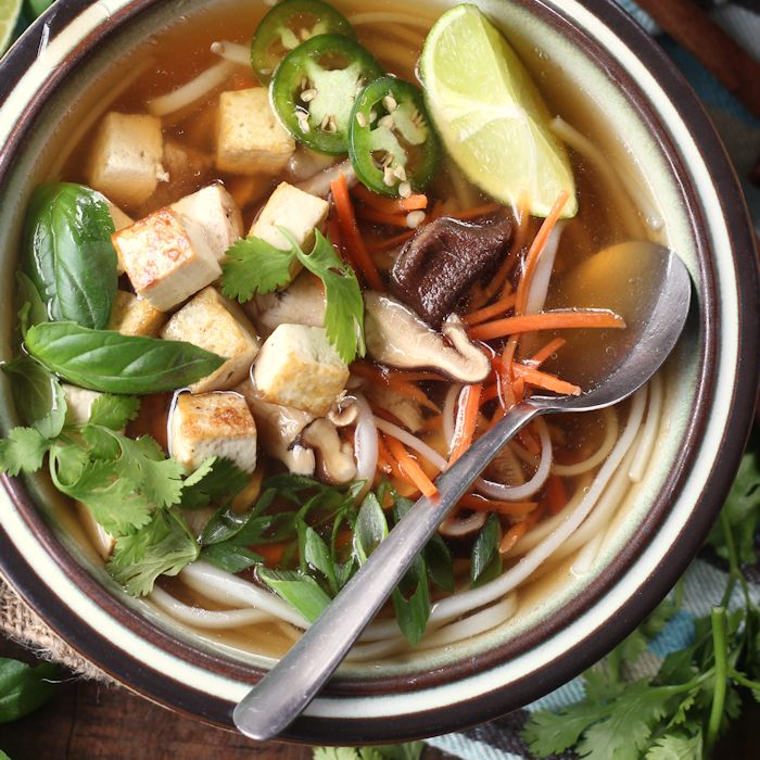 Easy Vegan Pho - Connoisseurus Veg