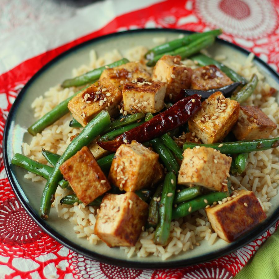 Chinisse Food: Chinese Garlic Tofu Stir-Fry
