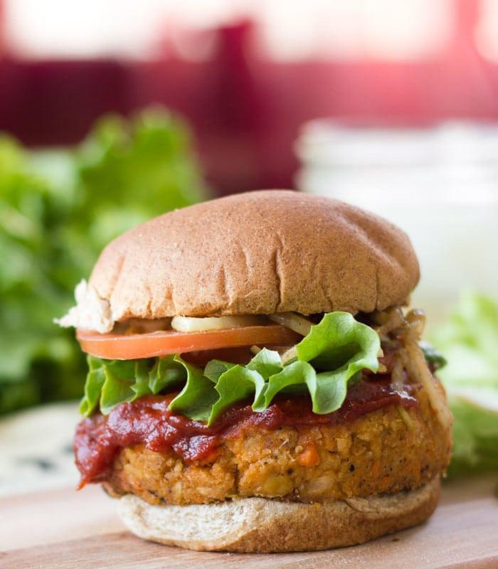 Vegan Meatloaf Burger