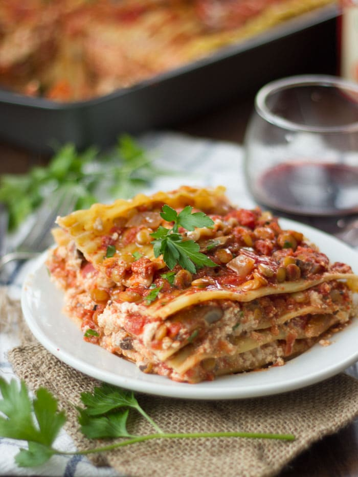 This hearty vegan lasagna is made with layers of noodles, rich cashew ...