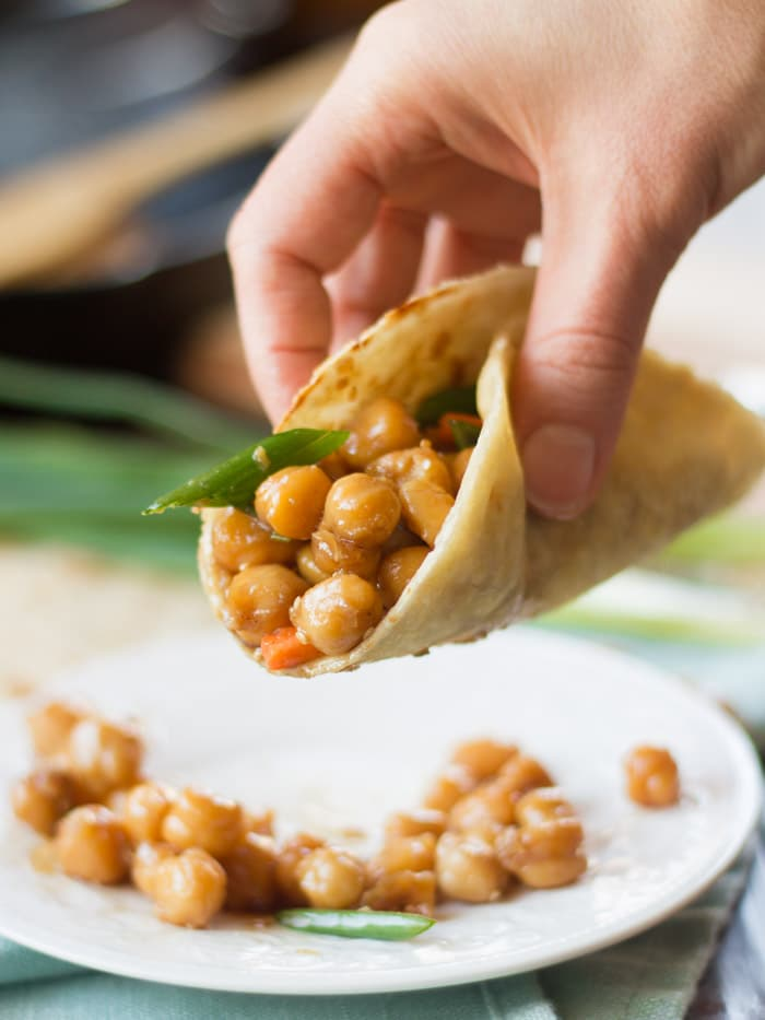 Peking Chickpeas with Mandarin Pancakes