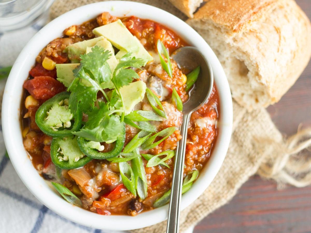 One Pot Quinoa Chili Connoisseurus Veg