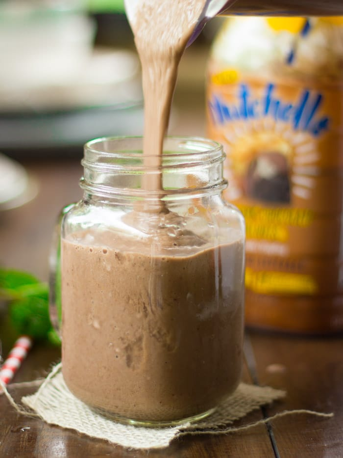 Nutty Mint Chocolate Smoothie