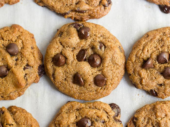 Classic Vegan Chocolate Chip Cookies - Connoisseurus Veg