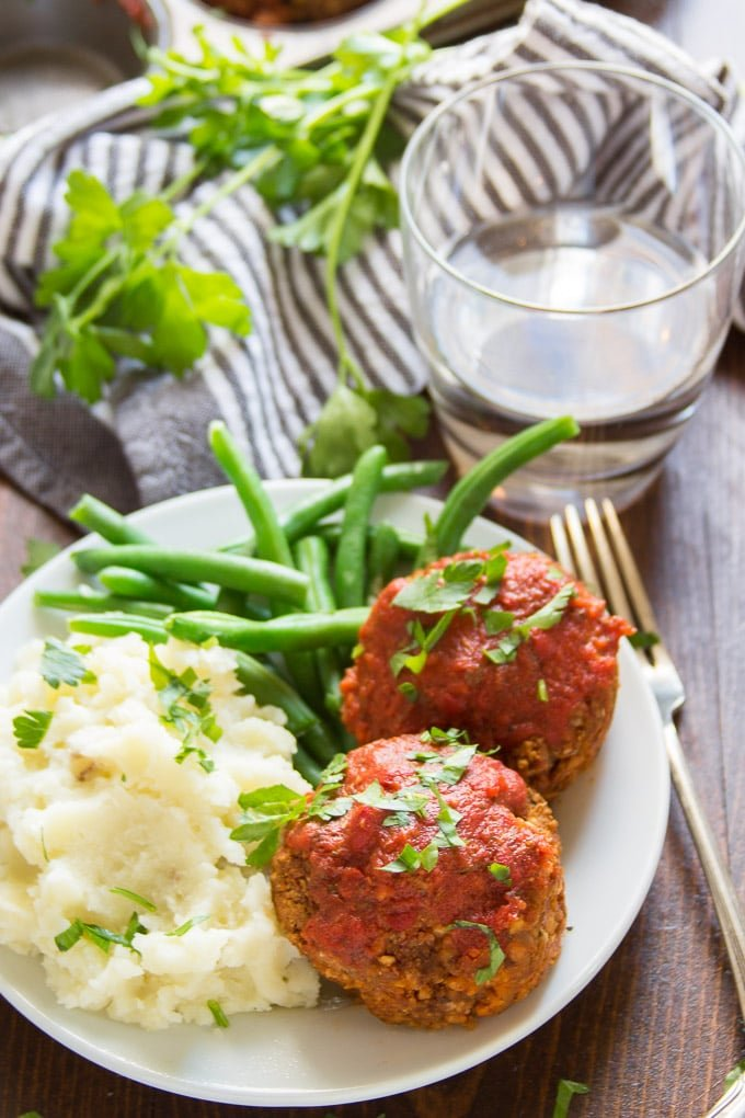 Italian-Style Vegan Meatloaf Muffins