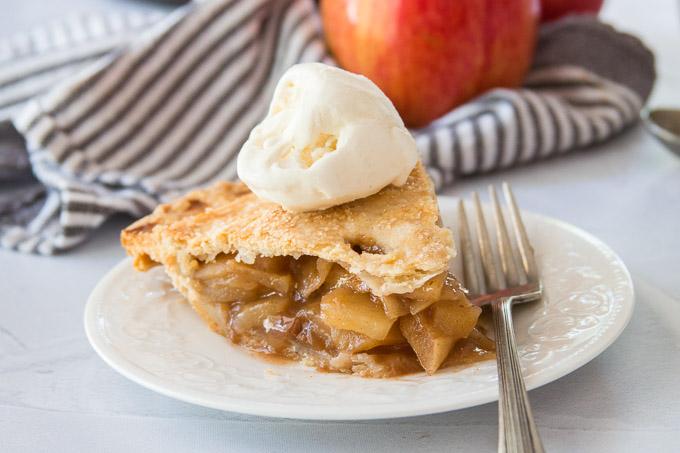 Vegan Apple Pie Topped with Vanilla Ice Cream