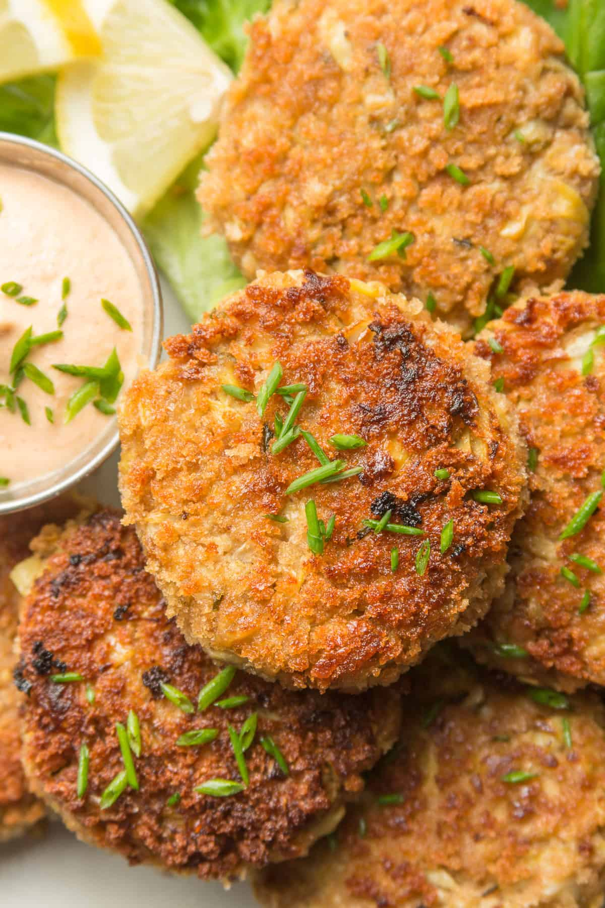 Vegan Crab Cakes With Chives on Top and Aioli on the Side
